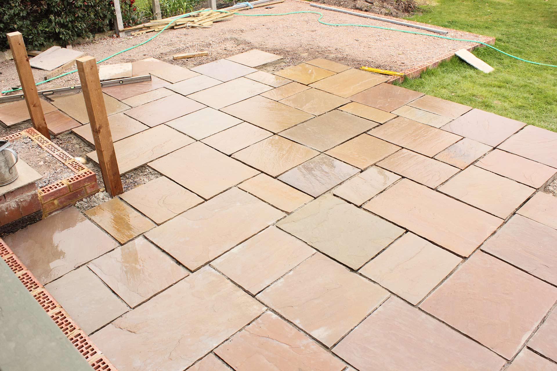 patio 2 in Surrey & Merton Borough